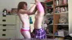 Hermanas teniendo sexo