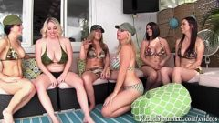 Orgia de vecinas putas y lesbianas