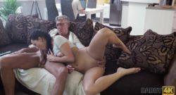 Follando con mi suegro a espaldas de mi novio
